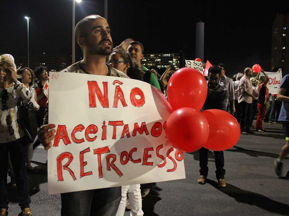 Protestos à favor da Democracia